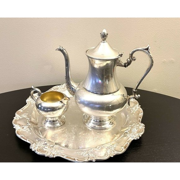 "TOWLE 15"" Royal Silverplate Serving Tray and Sheri"